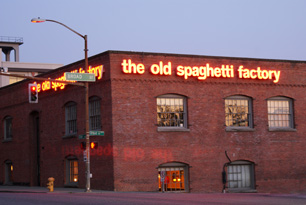 The Old Spaghetti Factory Southcenter Pkwy Tukwila WA Reviews () Website. Menu & Reservations An old Seattle staple, none the worse for wear in these changing times. If ever you needed a place to stuff your face with the whole family, this is it.